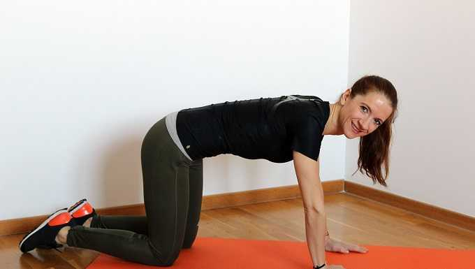 stretches good for back pain